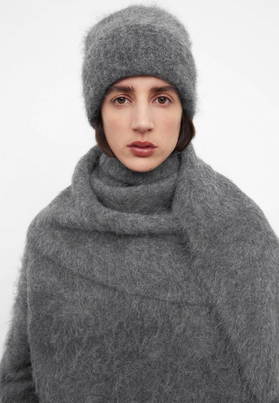 Totême Alpaca Knit Beanie Dark Grey Melange