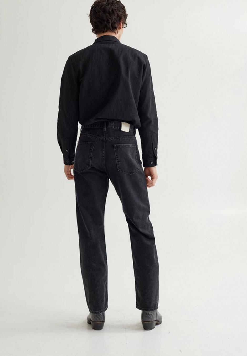 Séfr Straight cut rinsed black